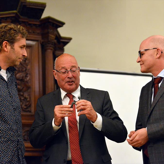 Boekpresentatie 'Boekhandel Godert Walter. 75 jaar in het hart van Groningen'