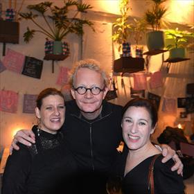 Josje Kraamer (redacteur uitgeverij Querido), Arjen Fortuin (redacteur NRC), Margriet van Heesch (cultuurwetenschapper Universiteit van Amsterdam).