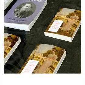 Sofja Tolstaja bleef haar hele leven verlangen naar zuivere liefde. Maar haar roman is geïnspireerd op hetzeer slechte huwelijk met de schrijver Tolstoj.