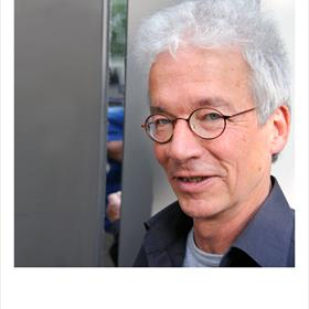 Hans Boland (slavist, vertaler) werkt aan de vertaling van het complete oeuvre van Poesjkin in het Nederlands. Maar nu even niet.