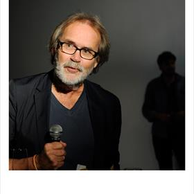 APART - Bart Nieuwenhuijs (fotograaf): 'Wat een heerlijk autobiografisch boek!'