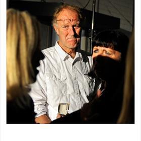Albert Roosenburg (fotograaf) en Gonny Wiermans (directeur Kleurgamma).