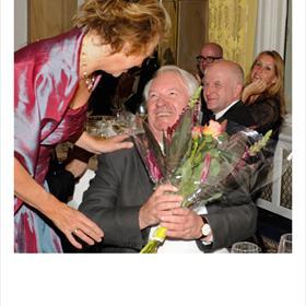 Bloemen voorEmile Brugman, plaatsvervanger voor Jeroen Brouwers (genomineerd met Bittere bloemen).