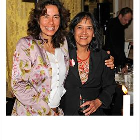 Caroline Damwijk (directeur Libris Blz.) en Patty Voorsmit (secretaris Stichting Literatuur Prijs en organisatie Libris Literatuur Prijs).