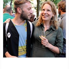 Blij mee - Maurits de Bruijn (debuteerde 25 augustus met 'Broer'), Janneke Louman (acquirerend redacteur).