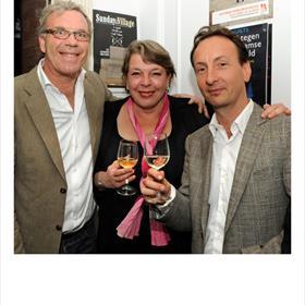 Harold Hamersma (wijnschrijver), Liesbeth Koenen (wetenschapsjournalist), Marnix Rombaut (office manager Nieuw Amsterdam en wijnimporteur). Kijk er De Grote Hamersma 2013 maar op na.
