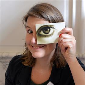 Open Dag bij Ambo | Anthos. Komt dat zien. Ilona van Braam (facilitair medewerker).