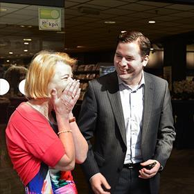Erik de Ridder (wethouder economische zaken Tilburg):'Er zijn nu meer mensen dan tijdens de opening van het winkelcentrum.'