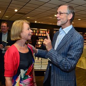 Theo van Meijel (1979-1986 directeur boekhandel Gianotten):'Je bent debeste boekhandelaar die ik ooit heb aangenomen.'
