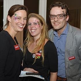 Dat geldt trouwens ook voor de crew. Anne Kramer (pr & promotie), Charley Haagsma (pr & promotie) enPatirck Boone (vertegenwoordiger).