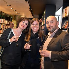 Marieke Ruijzenaars (accountbeheerder Van Ditmar Boekenimport), Majelle Wams (uitgever herexploitatie Overamstel uitgevers), Maarten Richel (New Book Collective).