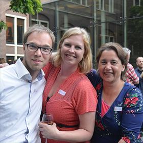 Net de Andrews Sisters: Bart Bulsing (key accountmanager KVB), Ester van Lierop (brandmanager De Fontein), Claudia van der Werf (acquirerend redacteur crimeDe Fontein).