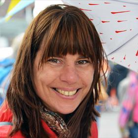 Regen deert ons niet!Hannerlie Modderman (redacteur kinderboeken/YA,Uitgeverij Luitingh-Sijthoff).