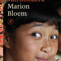 Een meisje van honderd, Marion Bloem (De Arbeiderspers)