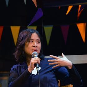 Chinees-Indonesisch-Belgisch: Winny Ang (Sesam-auteur en kinderpsychiater).