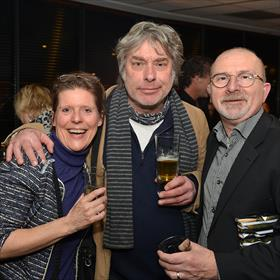 Britt van Uem (Kanaal Twente), Paul Abels (Afdh uitgevers), Erik Hoekstra (inkoper boekhandel Broekhuis).