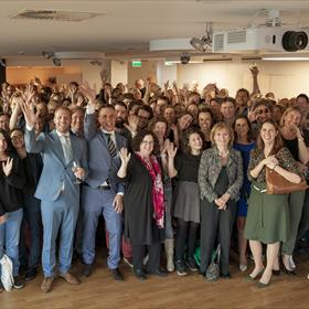 Iedereen was aanwezig om 20 jaar Sebes & Bisseling te vieren!