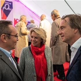 Vincent Monadé (president van het Centre National du Livre), Margot Dijkgraaf (literair criticus en literair intendant bij de Nederlandse ambassade in Parijs) en Friso Wijnen (hoofd cultuur en communicatie bij de Nederlandse ambassade Parijs).