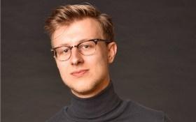 Leon Doedens verlaat Uitgeverij Podium voor DWDD