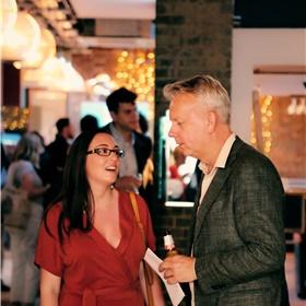 Molly Slight van Scribe (London & Melbourne) – de uitgeverij van onder meer Ernest van der Kwast en Tommy Wieringa, die eerder dit jaar met 'The Death of Murat Idrissi' genomineerd was voor de Man Booker Prize.