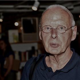 Peter Rump, editor van vrijwel al het film- en televisiewerk van Oosthoek.