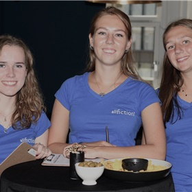 Het A-team van All Fiction: Anna, Veerle en Linde.