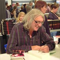 Pieter Aspe geeft helft ticket Boekenbeurs als korting op zijn boek