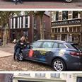 Accountmanager Hedi de Zanger rijdt rond met beletterde auto