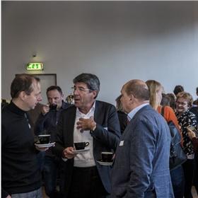 Eelco Zuidervaart (Donner) in gesprek met Hans Willem Cortenraad (CB)