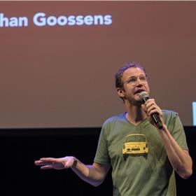 De entr'acte: Johan Goossens legt uit hoe hij zijn ROC-leerlingen stil kreeg met een verhaal over de Tantaluskwelling