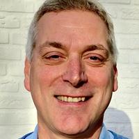 Dolf Hartman commercieel manager bij Unieboek|Het Spectrum