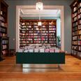 'Antwerpse boekhandel Luddites gaat voor hybride concept
