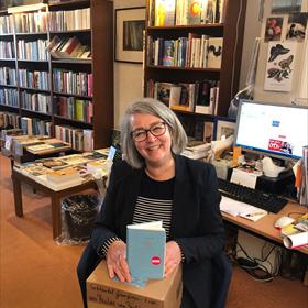 Boekhandel Grimbergen, Lisse: Pauline Goedemans is ook blij met Paulien