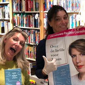 Groot enthousiasme bij Boekhandel Kooyker, Leiden – Willeke van de Meer en Esther Beugels