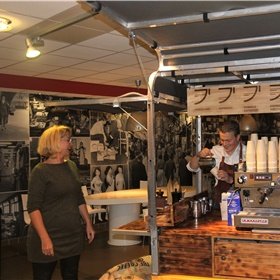 Koffie voor Petra van Ee (MeulenhoffBoekerij)