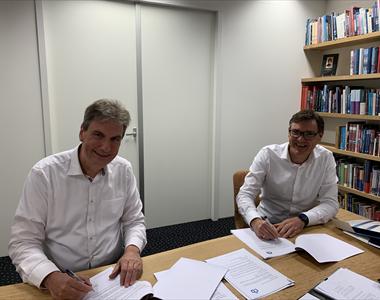 Nieuw contract voor Amsterdam University Press en CB