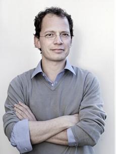 Jasper Henderson vertrekt bij Lebowski Publishers en wordt uitgever bij Uitgeverij Thomas Rap