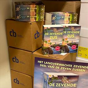 The Read Shop in Oudewater heeft meer exemplaren op voorraad dan ze kunnen uitpakken