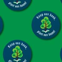 Lemniscaat plant bomen tijdens Maand van het Natuurboek