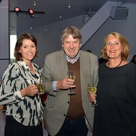 va Lemaier (directiesecretaris Sociaal en Cultureel Planbureau), Jos Lemaier (bestuursvoorzitter stichting Het Literatuurhuis) en echtgenote.