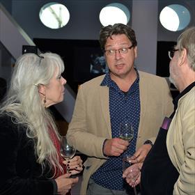 Marijke van Dorst (Salon Saffier, Utrecht), Onno Kosters  (dichter, vertaler en wetenschapper), Niels Bokhove (filosofie- en literatuurhistoricus).