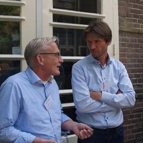 Daan van der Valk (Boekhandel H. de Vries), Jasper Baggerman (senior adviseur Digitalisering & Innovatie bij NUV en spreker)
